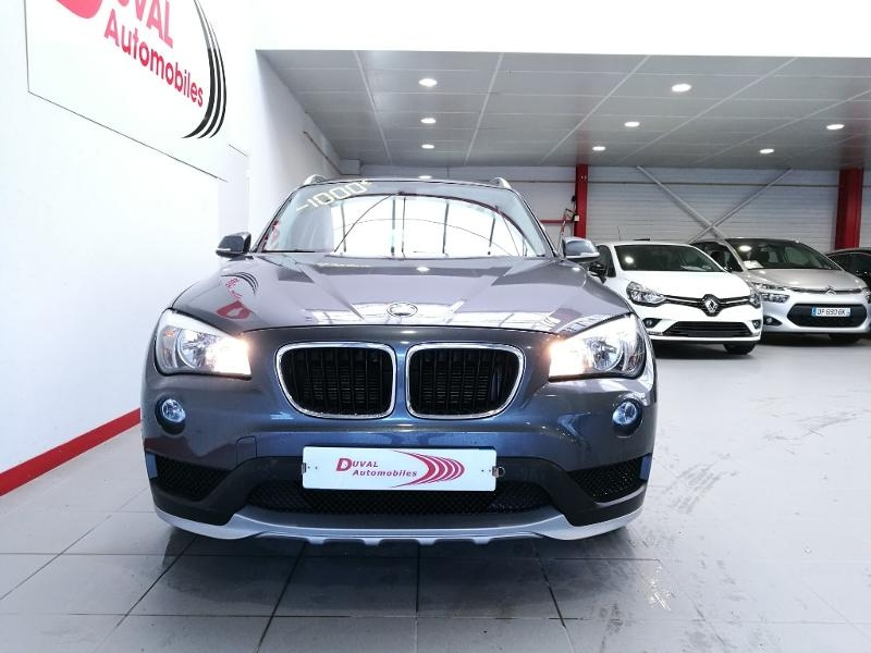 Photo 2 de l'offre de BMW X1 sDrive18dA 143 ch Lounge + options à 17990€ chez Duval Automobiles