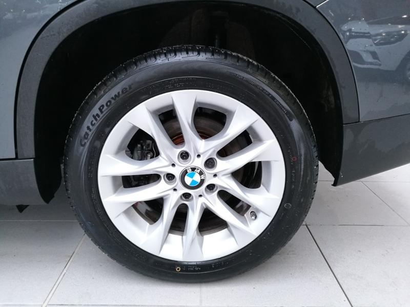 Photo 19 de l'offre de BMW X1 sDrive18dA 143 ch Lounge + options à 17990€ chez Duval Automobiles