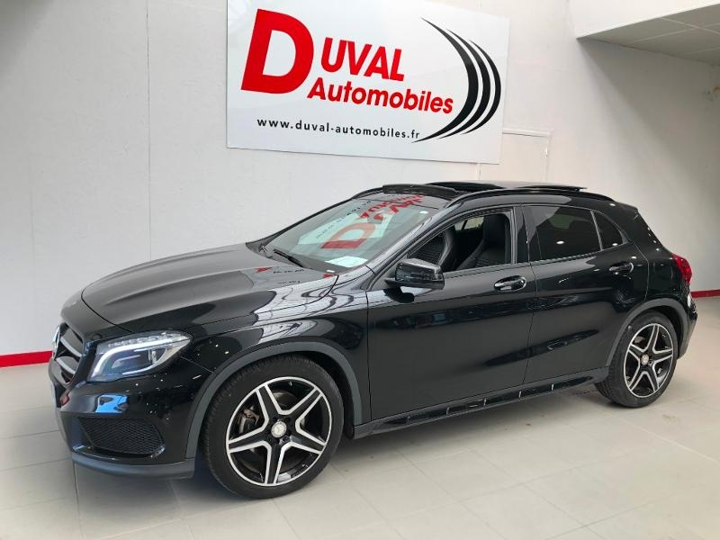 Photo 1 de l'offre de MERCEDES-BENZ Classe GLA 220 CDI Fascination 7G-DCT à 25990€ chez Duval Automobiles