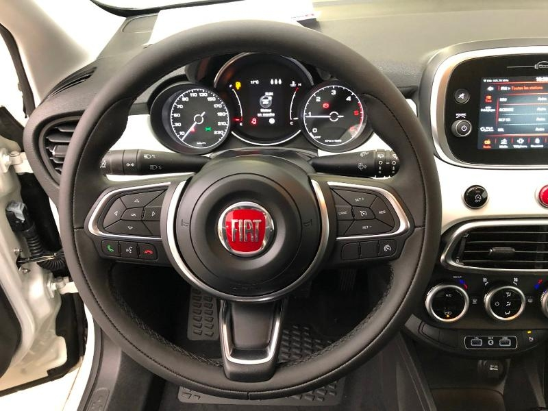 Photo 12 de l'offre de FIAT 500X 1.6 Multijet 120ch City Cross à 19990€ chez Duval Automobiles