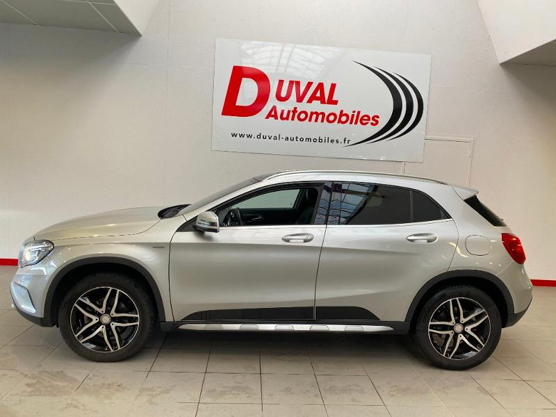 Photo 3 de l'offre de MERCEDES-BENZ Classe GLA 220 d Activity Edition 4Matic 7G-DCT à 24990€ chez Duval Automobiles