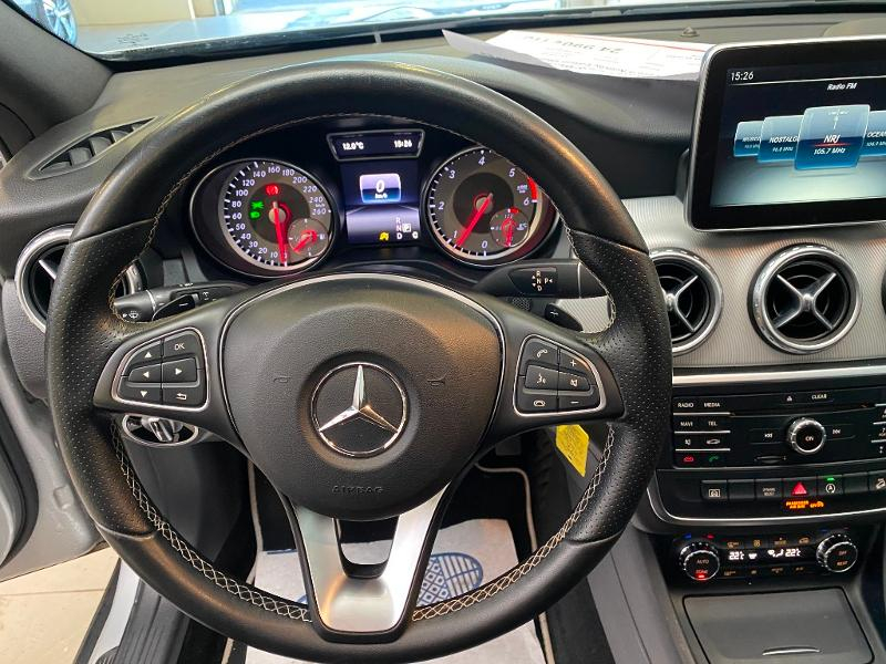 Photo 12 de l'offre de MERCEDES-BENZ Classe GLA 220 d Activity Edition 4Matic 7G-DCT à 24990€ chez Duval Automobiles
